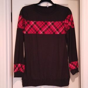 EUC Black and plaid boutique top